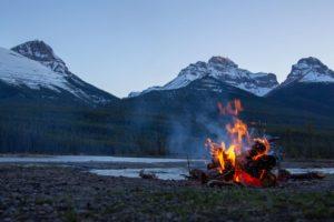 Feuer machen Outdoor Abenteuer Johanna
