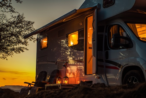 Sinnvolle Versicherungen für Camper